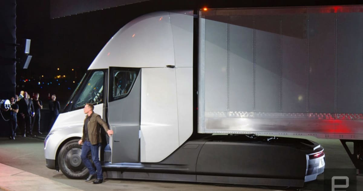 Tesla's Semi Truck is Traveling Cross-country 'Alone'
