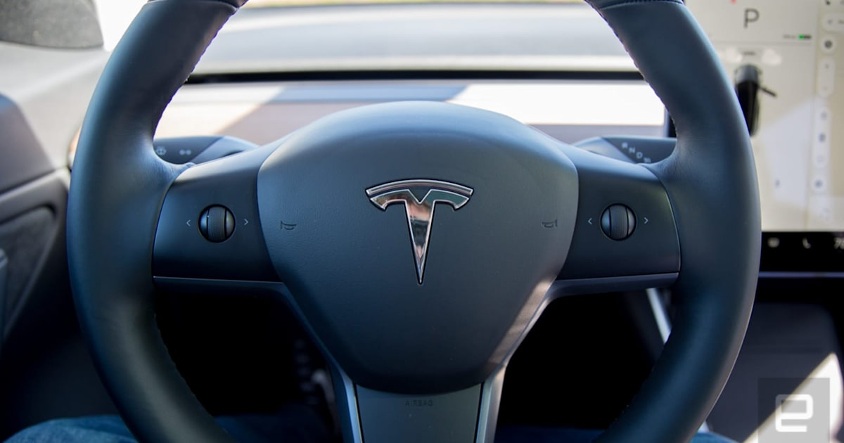 Tesla's Mobile App Can Remotely Heat your Seats