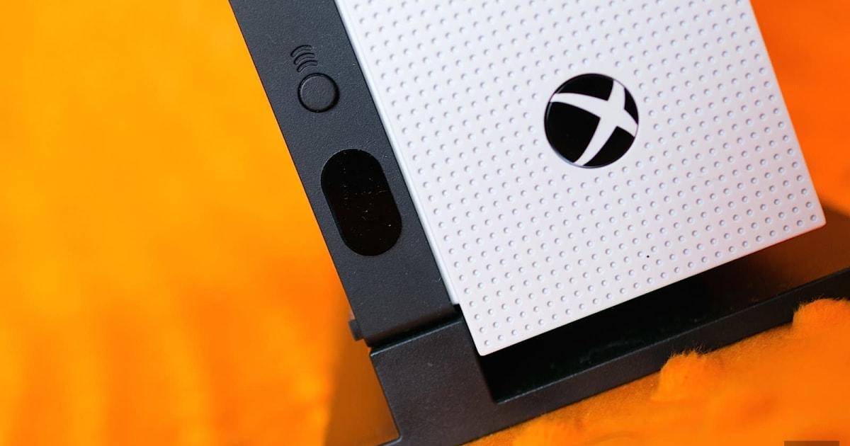 microsoft promises   xbox hardware  month update