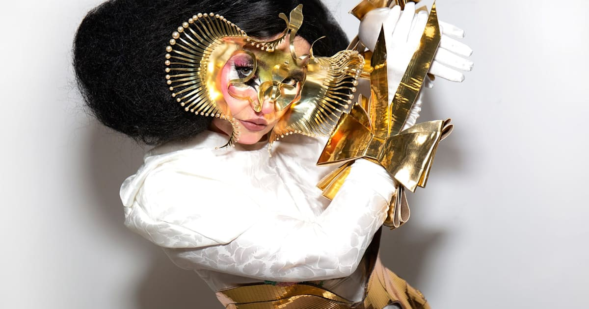 https://www.engadget.com/2020/01/17/bjork-and-microsoft-ai-sky-music/
