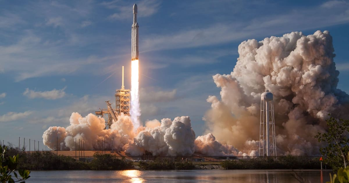 NASA's Psyche asteroid mission will use a SpaceX Falcon Heavy rocket