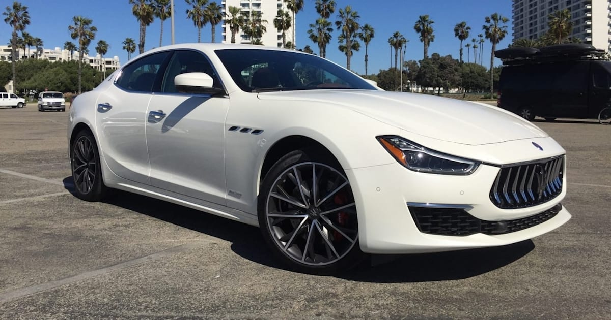 Maserati may unveil its first hybrid car on April 21st 1