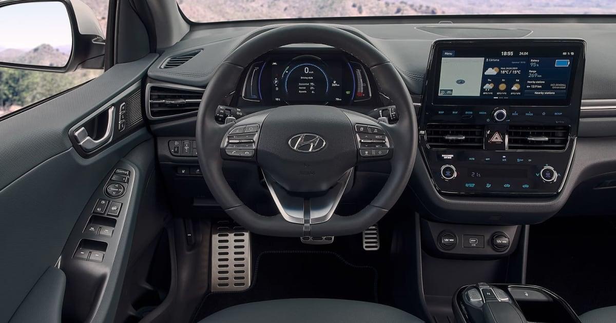 Hyundai Ioniq Ev >> Hyundai S Ioniq Ev Gets A Bigger Battery And More