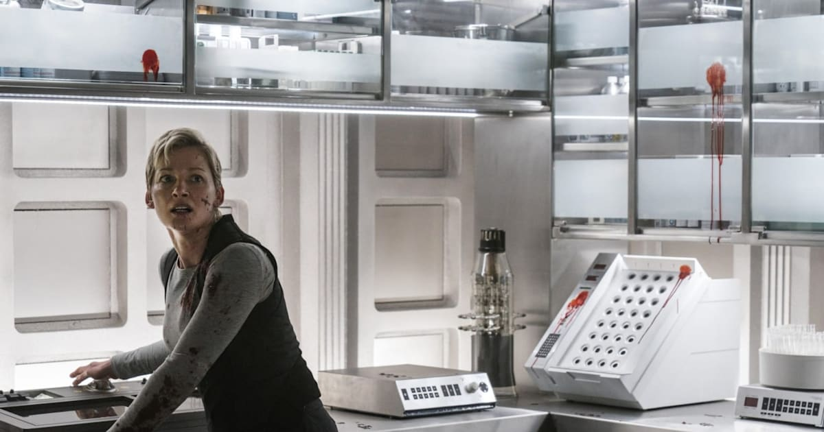 What's on TV: 'Nightflyers,' 'Truth About Killer Robots' and 'Searching'
