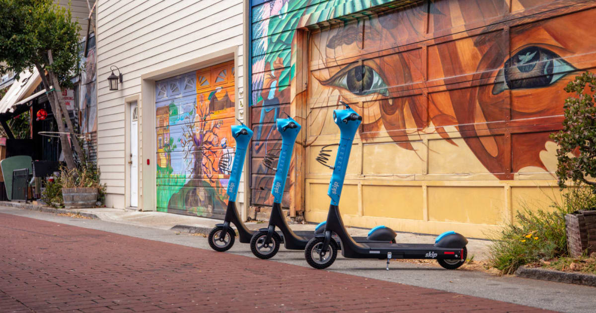 Skip's new electric scooter is equipped with waterproof batteries