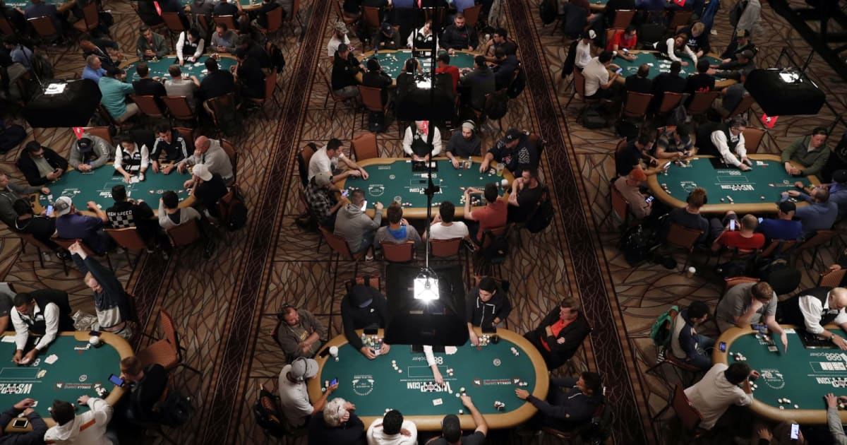 Facebook and CMU's Poker AI Beat Fives Pros at Once
