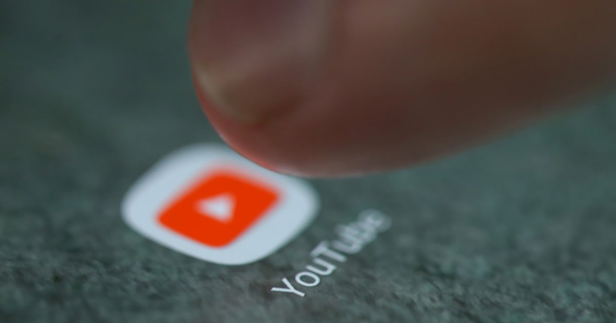 YouTube will Now Play Full-size Vertical Videos on iOS