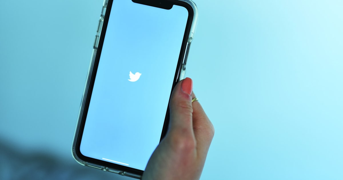 Twitter says it accidentally stored and shared some iOS location data 1