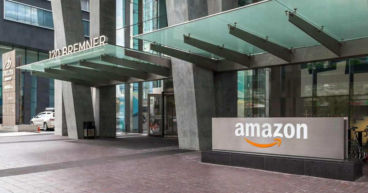 Amazon rolls out a cash payment option for online orders in the US 1