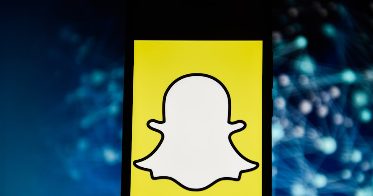 AR Porn Lenses Live on in Snapchat Despite Ban