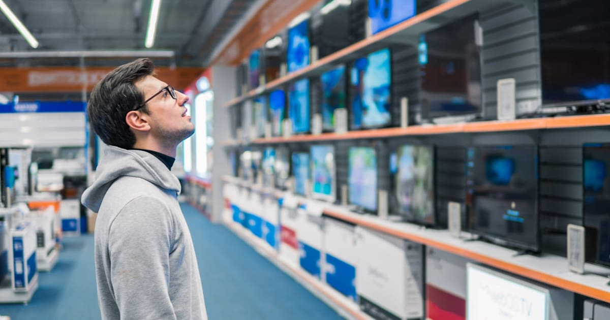 Research Group Says America's Favorite TV Size is Now 65 Inches