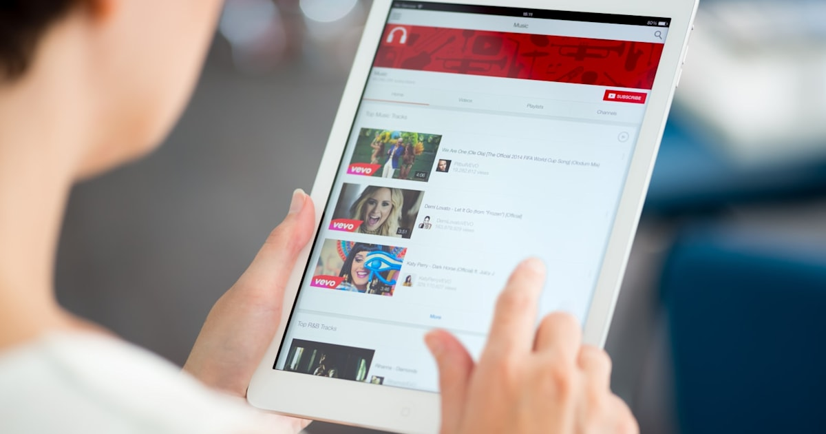 YouTube is Removing its Direct Messaging Feature in September