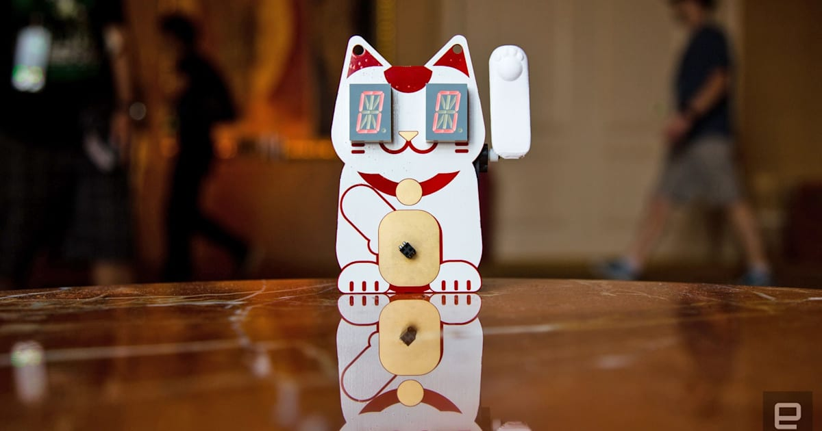 This Cute Def Con Badge Beckons You to Hack it