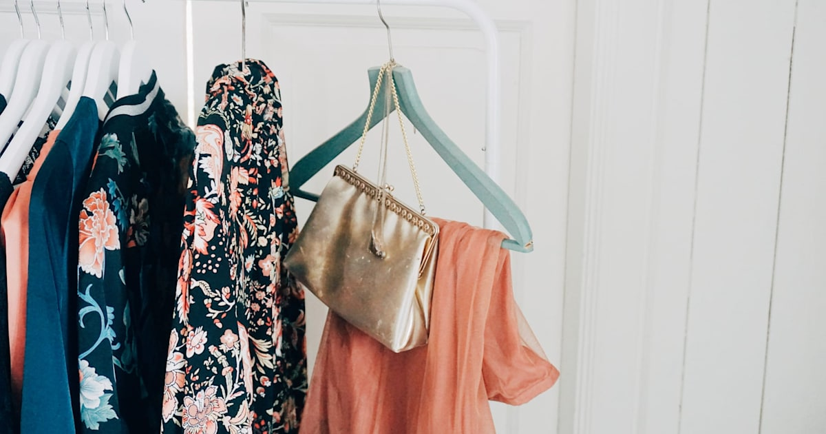 Clothing resale site Poshmark suffers data breach thumbnail