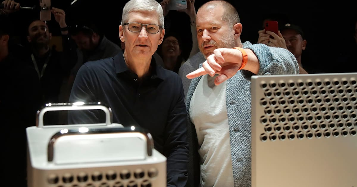 Jonathan Ive removed from Apple's leadership page