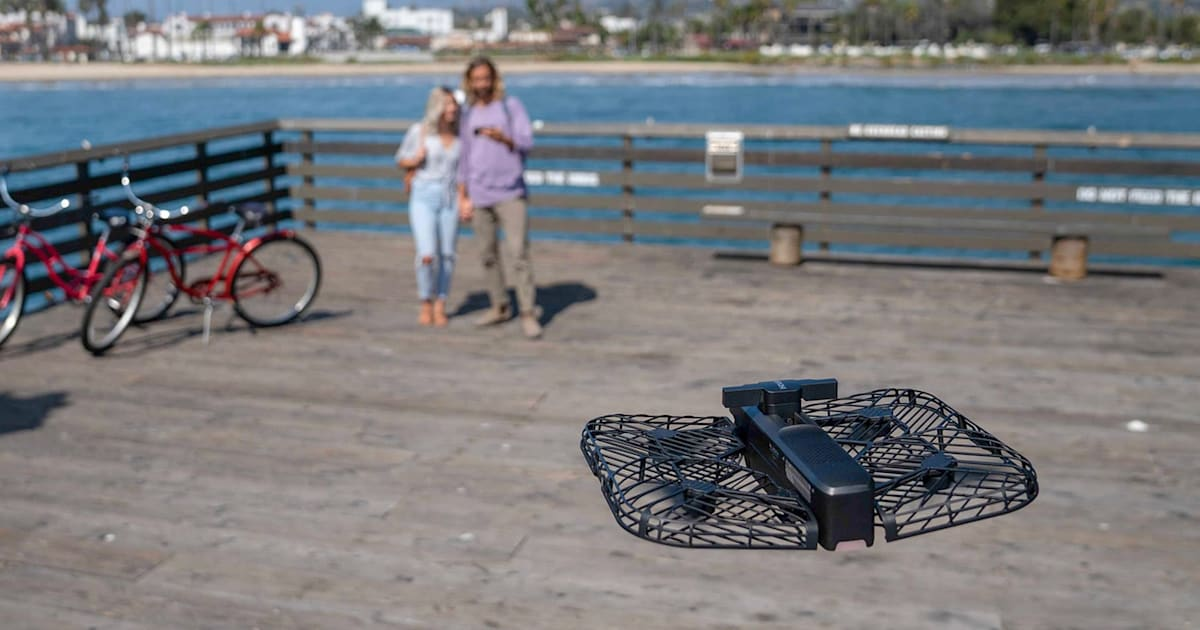 Hover 2 Foldable Drone Can Look for Obstacles as it Flies Itself
