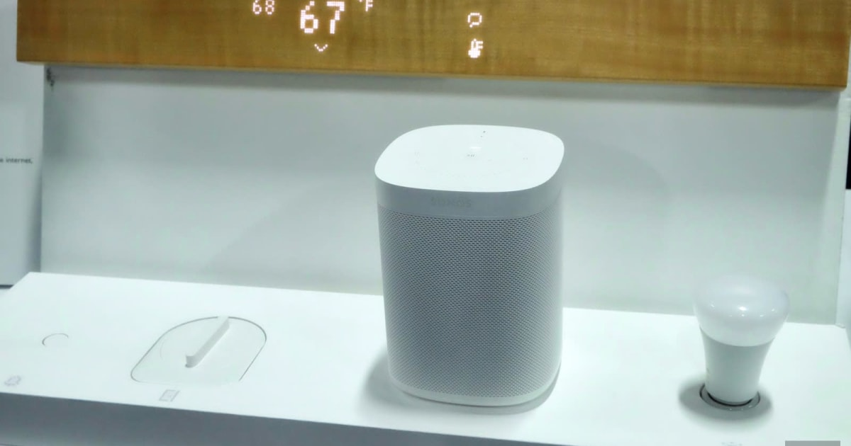 QnA VBage Mui's wooden smart display is an elegant way to control your home