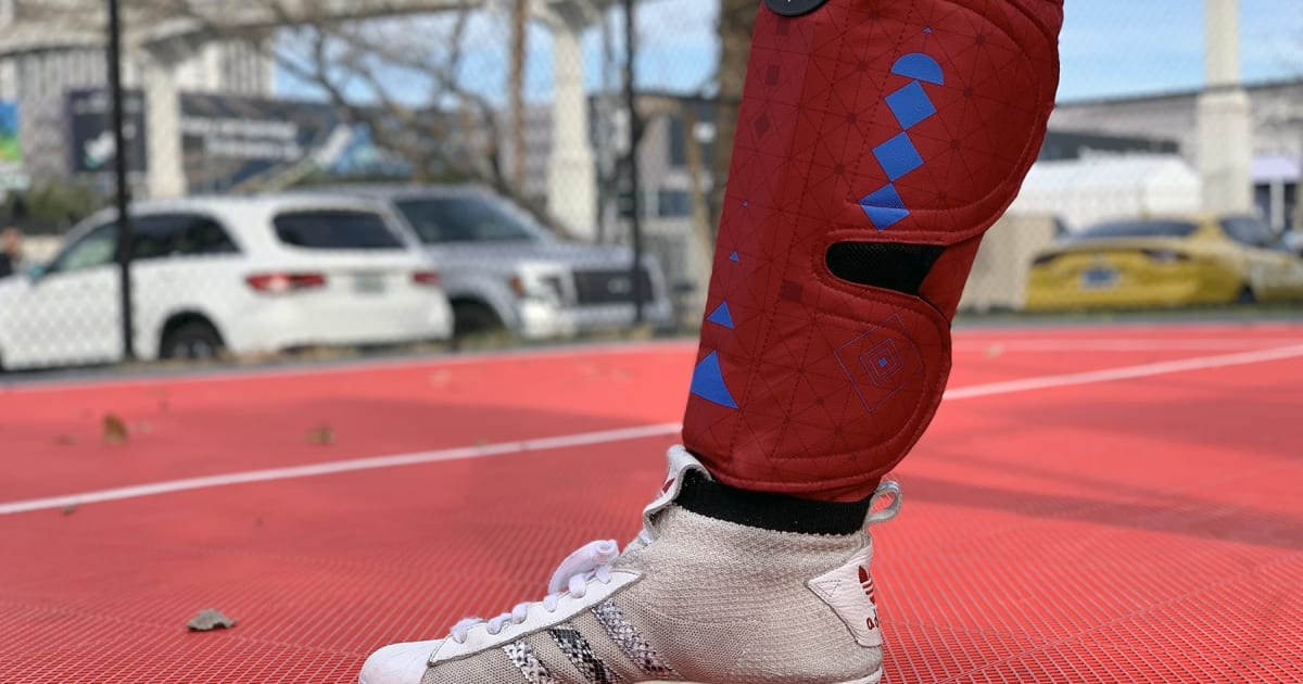 Spryng is Tech-laced Compression Wear for Speeding up Workout Recover