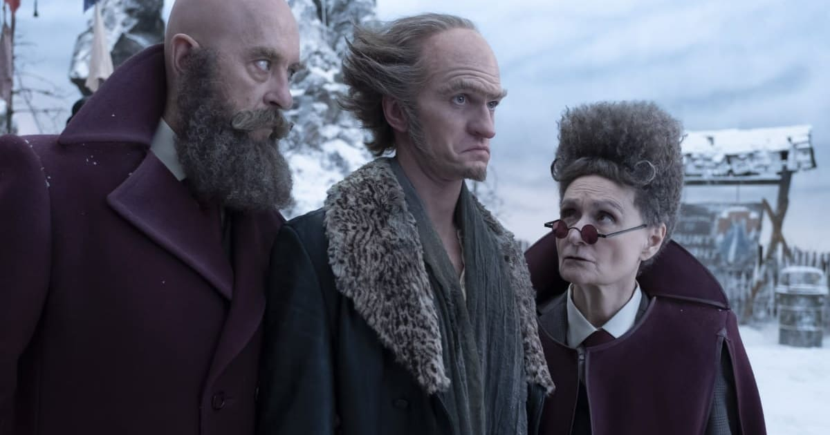 What's on TV: NYE, 'A Series of Unfortunate Events,' and 'Young Justice'