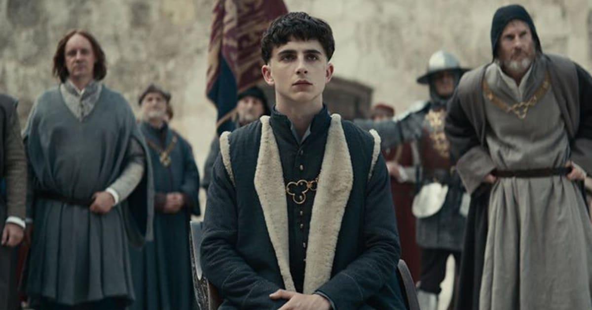 Watch Timothée Chalamet as Henry V in Netflix's 'The King' trailer