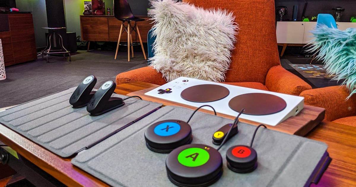 Logitech unveils an affordable button kit for the Xbox Adaptive Controller 1