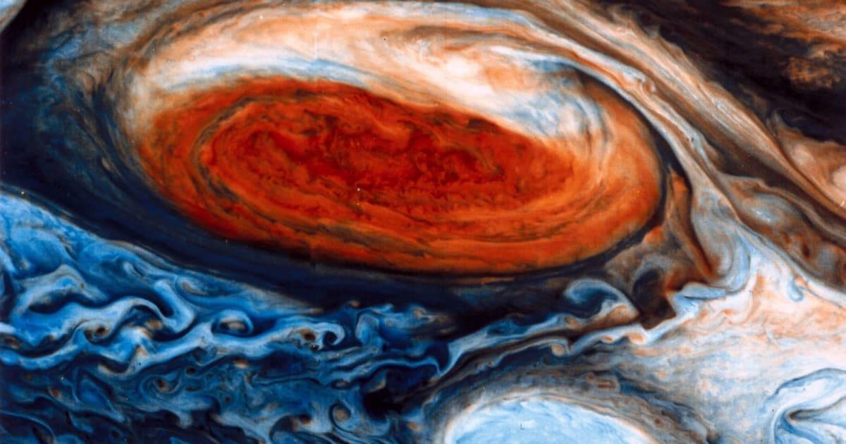 NASA Seeks Jupiter's Secrets with Historic Spacecraft Flyover