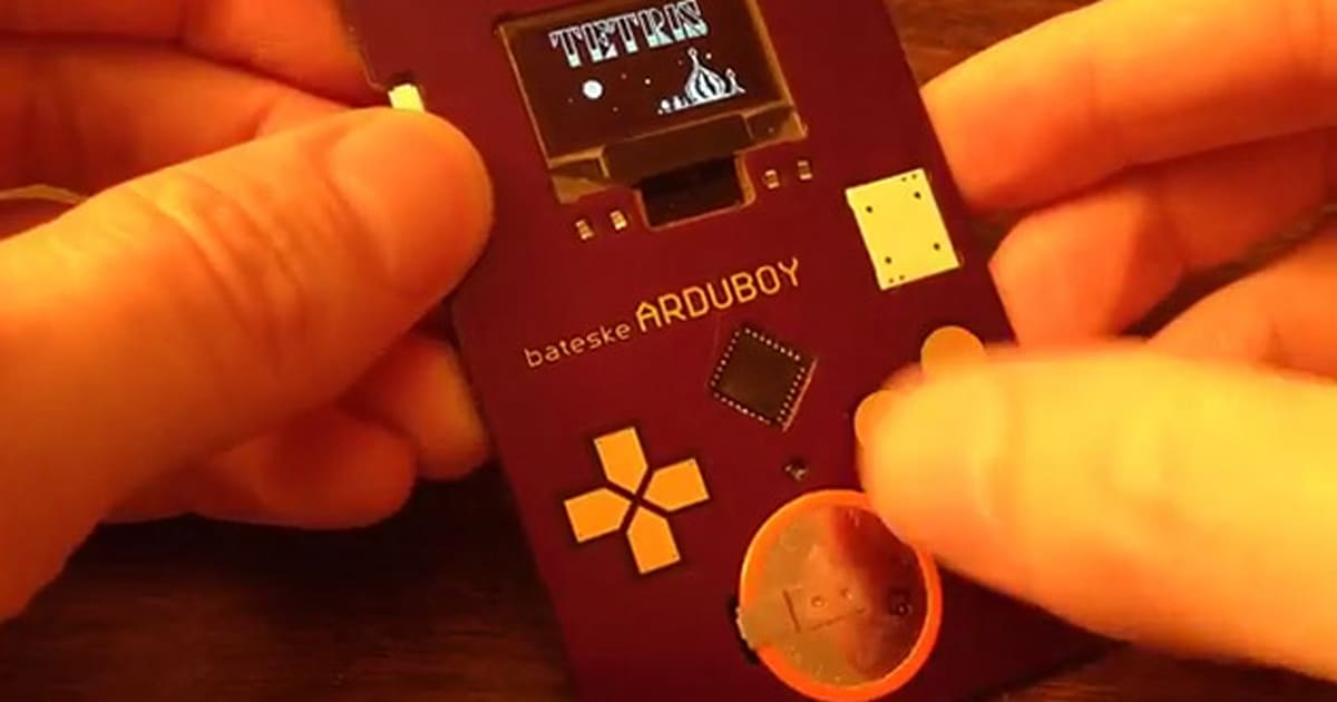 This arduino powered business card looks like a game boy