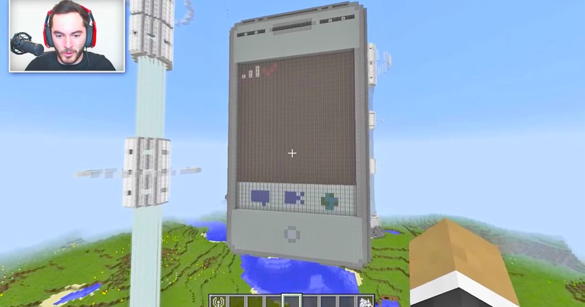 Mojang bans brands from building Minecraft promo maps and mods