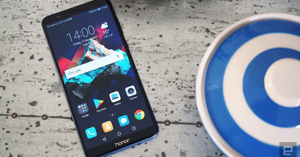 Honor's 7X is a Big, Unremarkable Mid-range Phone