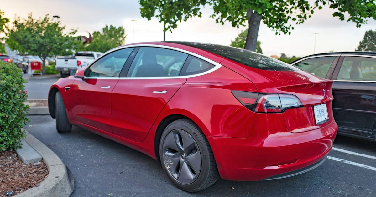 Tesla Model 3 Receives a Perfect Safety Rating from NHTSA
