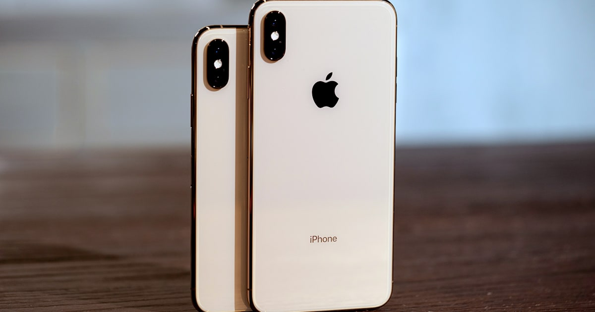 Watch the iPhone XS Survive Drop Tests on Concrete