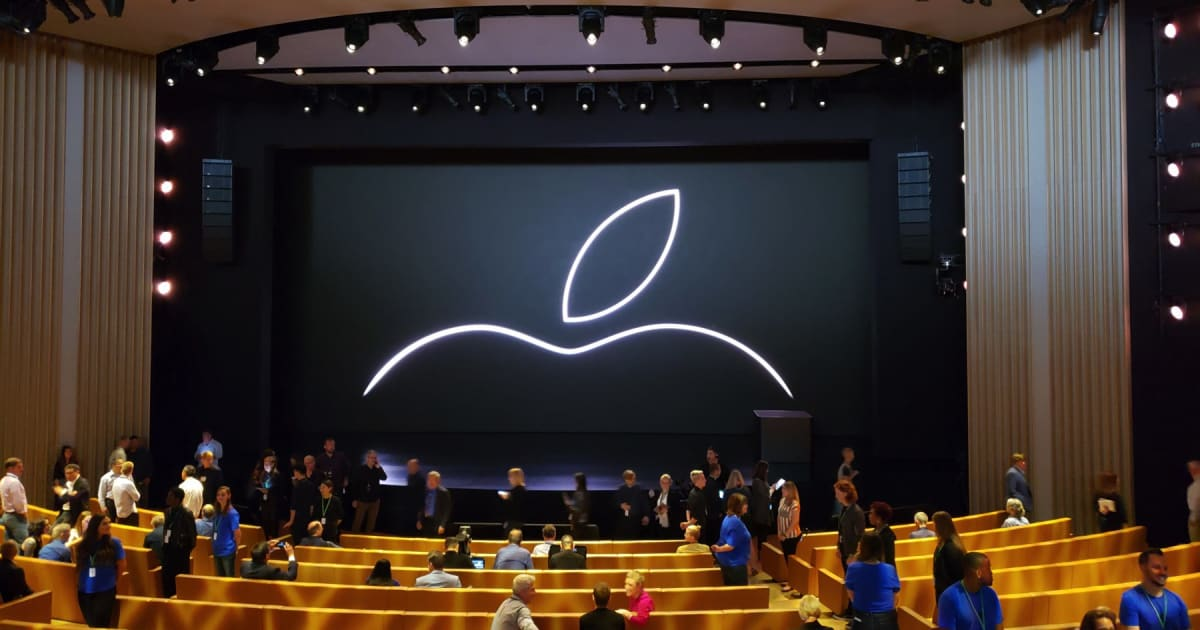 Live from Apple's 2018 iPhone event!