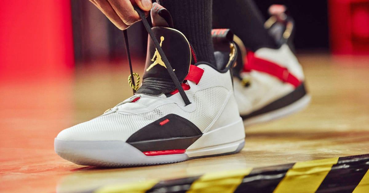 e43a0a87e1e3cb Jordan XXXIII adds lacing tech  informed  by Nike s HyperAdapt