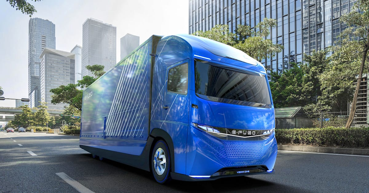 daimler unveils its electric truck weeks ahead of tesla 39 s. Black Bedroom Furniture Sets. Home Design Ideas