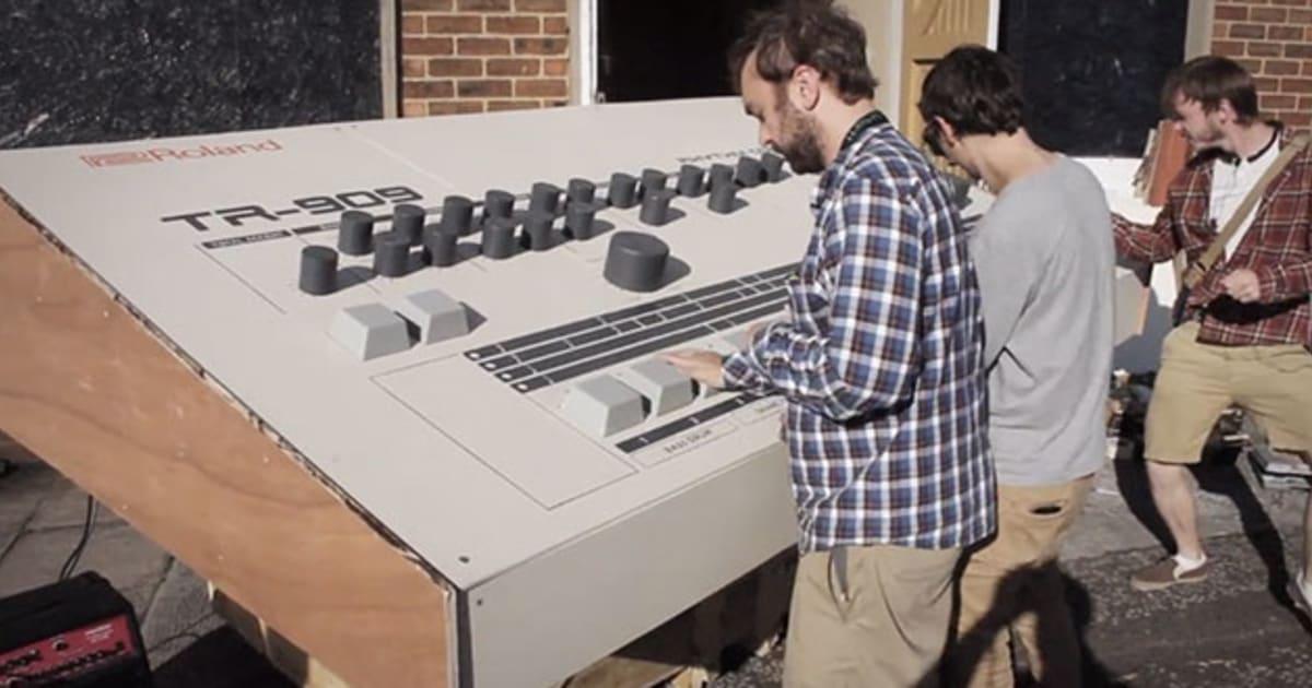 artists build a roland tr 909 drum machine for giants. Black Bedroom Furniture Sets. Home Design Ideas