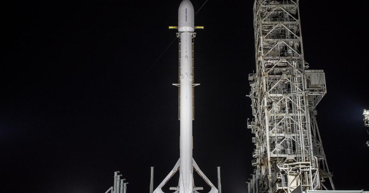 SpaceX's mysterious Zuma mission won't launch tonight