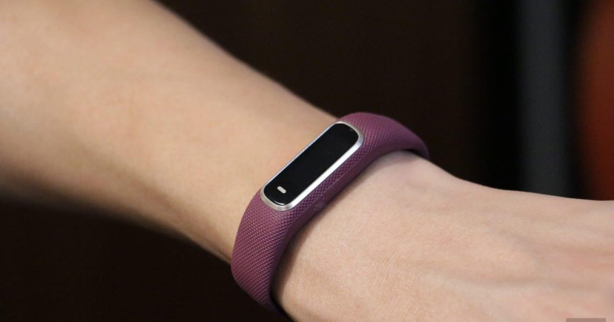 Garmin Vivosmart 4 Tracks your Sleep and Energy Levels