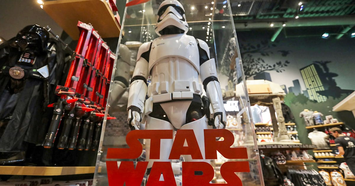 a live action 39 star wars 39 show is headed to disney 39 s streaming service. Black Bedroom Furniture Sets. Home Design Ideas