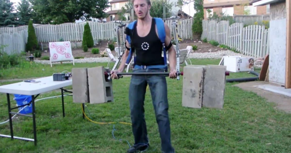 Homemade Exoskeleton Lets A Man Lift Big Cinder Blocks
