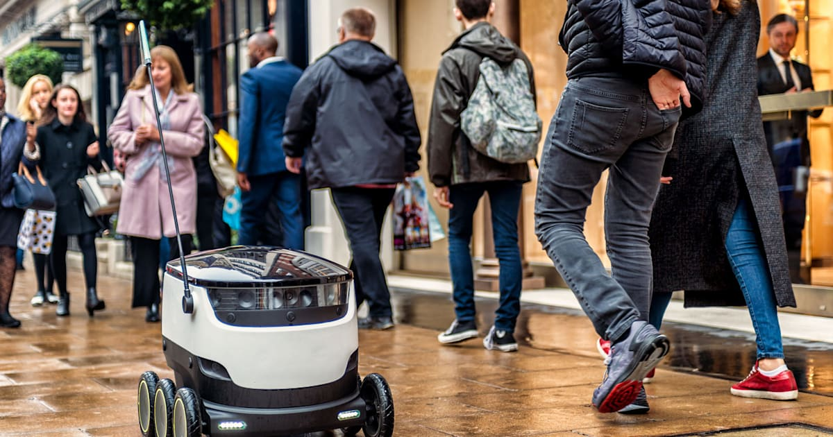 Estonia is First in the EU to Let Cute Delivery Bots on Sidewalks
