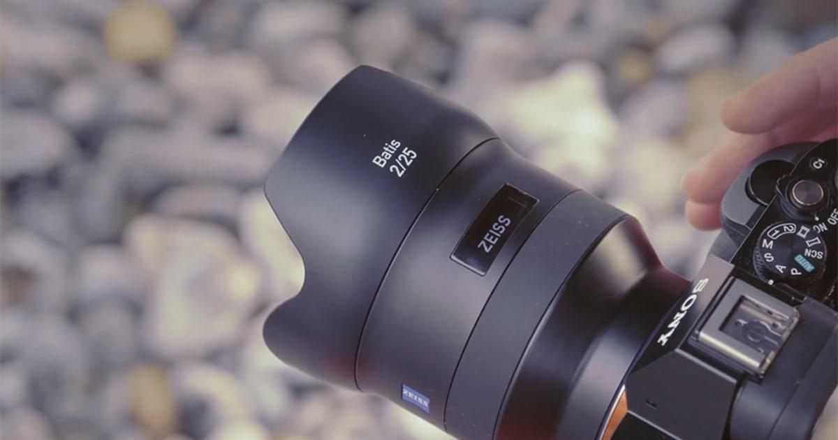 Zeiss S Latest Full Frame Sony Lenses Have Oled Screens