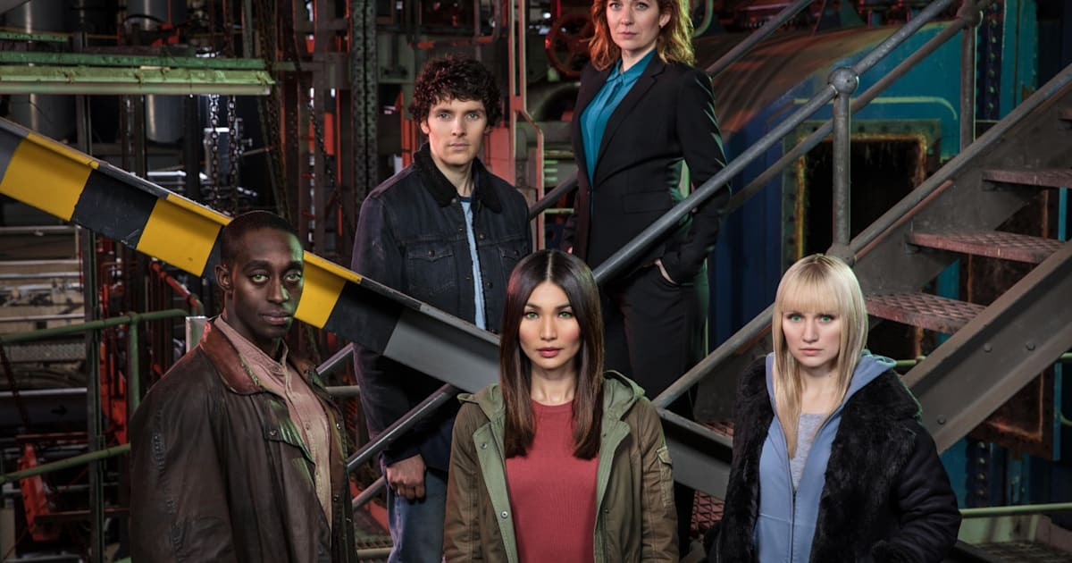 What's on TV: 'Humans,' 'Snowfall' and 'Killjoys'