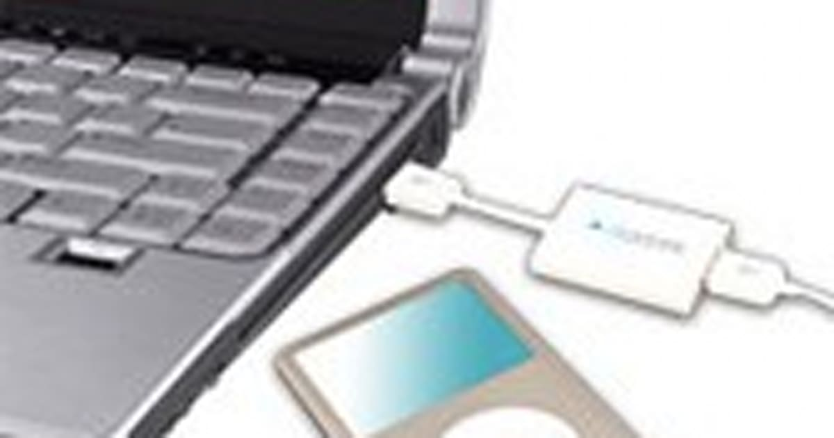 Clickfree Transformer for iPod / iPhone makes auto backups