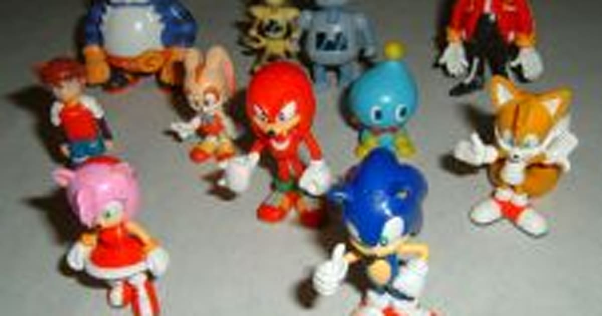 Target Sonic Toys : Note to bachelors sonic figures are a turn off