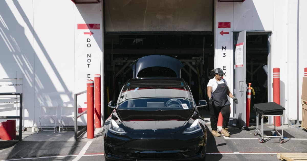 Tesla reportedly missed its latest Model 3 production goal