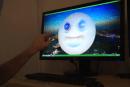 動画:Leap Motionの3D 彫刻アプリFreeformデモ。空中で手を動かしてモデリング