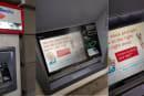 米国でNFC対応ATMが本格稼働開始、Apple PayとAndroid Pay最新事情(モバイル決済最前線)