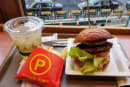 JR駅ナカ「ベッカーズ」の別格バーガーセットを何度でも50%オフで食べられる!穴場的スマホ決済キャンペーンを発見