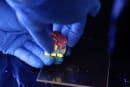 ハイドロゲル製の「ルービックキューブ」。ヘルスモニターやストレージへの応用目指す