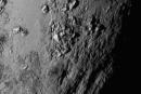 新視野號順利穿過冥王星系統,第一批近距離照片開始回傳